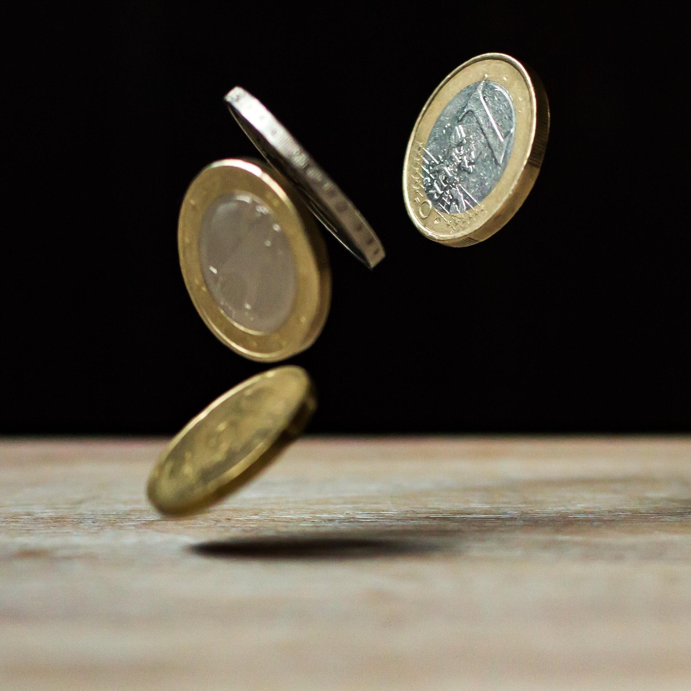 副業で物販を始めたらどれくらいの収入になる?