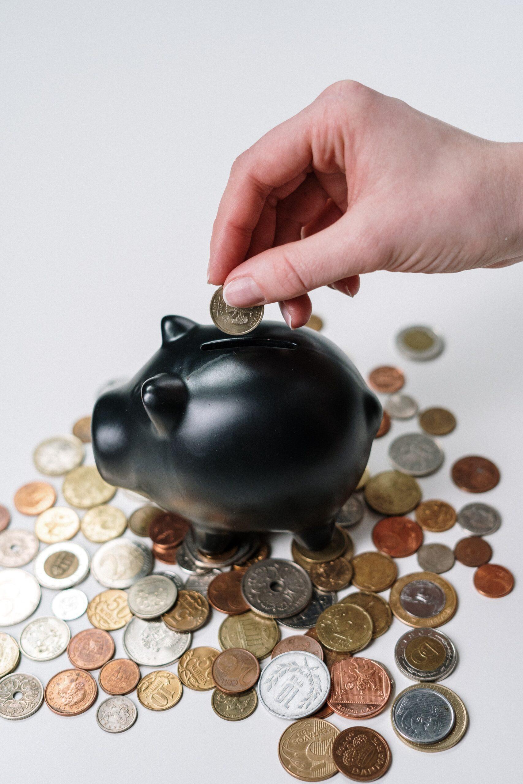副業の物販ビジネスで稼いでお金に税金はかかる?確定申告の必要は?